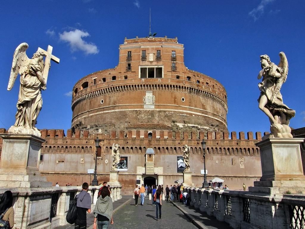 Неповторимый замок Святого Ангела в Риме